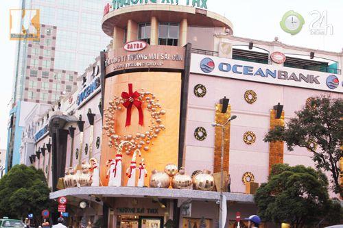 Người Sài Gòn đón Noel tiết kiệm - 1