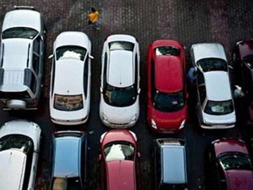 Công nghiệp ôtô Pháp trải qua năm tồi tệ nhất - 1