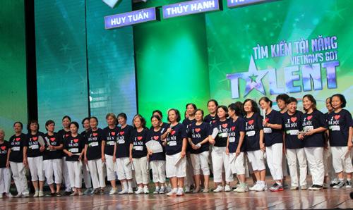 VN's Got Talent: Chờ đợi U80 nhảy hip-hop - 1