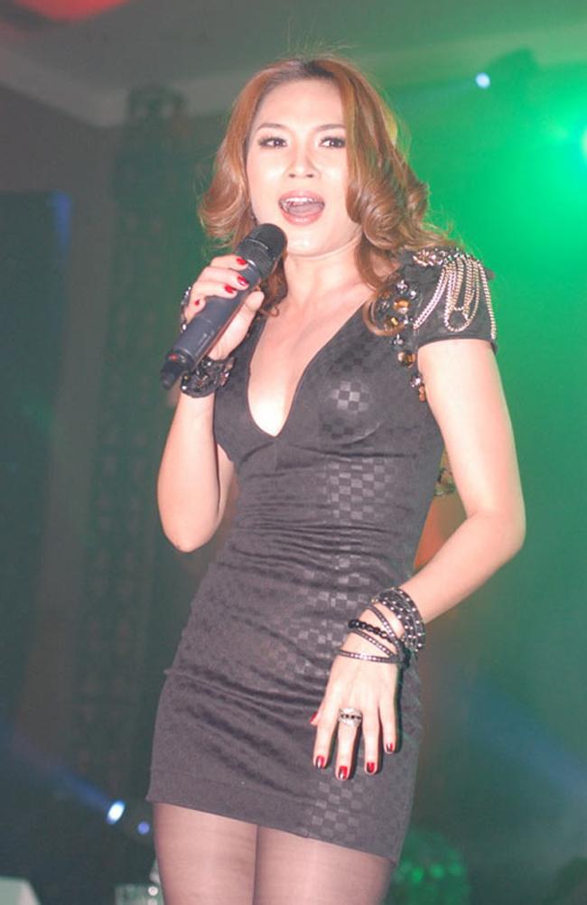 Gây tranh cãi nhất là việc Mỹ Tâm nhận được giải nữ ca sỹ xuất sắc nhất và MV Chuyện như chưa bắt đầu được lựa chọn là MV có khán giả bình chọn nhiều nhất trong giải thưởng MTV Việt Nam.