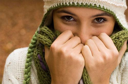 Thêm một cách giữ ấm cơ thể rất... lạ - 1