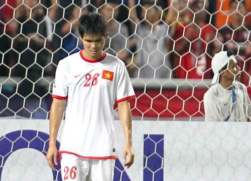 Nhìn V-League lo cho đội tuyển quốc gia - 1