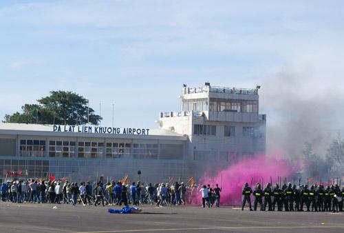 Diễn tập chống bạo loạn, khủng bố hàng không - 1