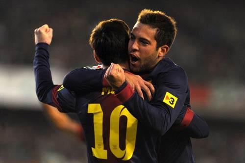 Messi khiêm tốn trước kỷ lục - 1