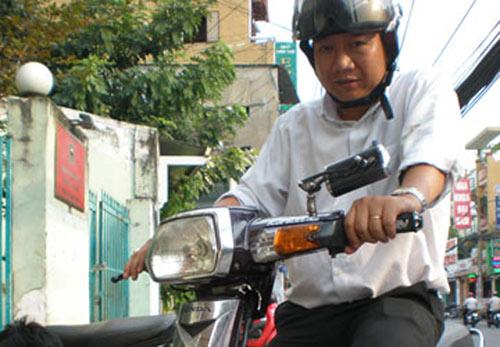 Phó chủ tịch phường ra đường bắt cướp - 1
