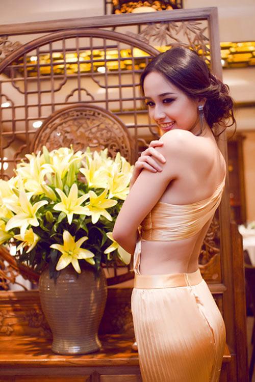 Top 10 mỹ nhân mặc đẹp nhất showbiz Việt - 1