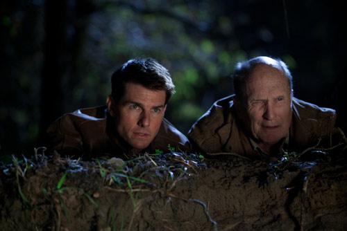 """Bom tấn """"nghẹt thở"""" của Tom Cruise - 1"""