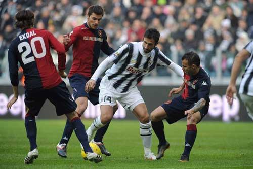 Juve - Cagliari: Cách biệt mong manh - 1