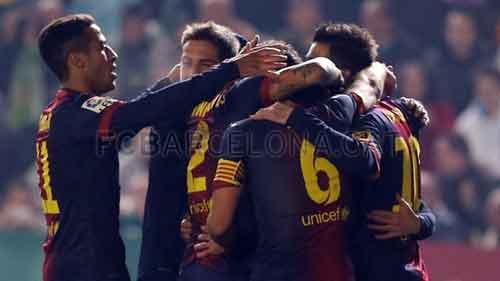 Messi lại lập cú đúp: Quỷ khóc thần sầu - 1