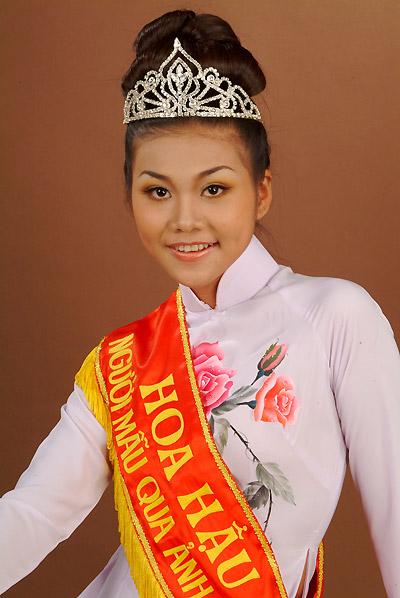 Thanh Hằng từng là hoa hậu xóm nghèo - 1