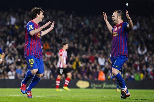 """Khi phía sau Messi """"đầy ắp"""" Vua kiến tạo - 1"""