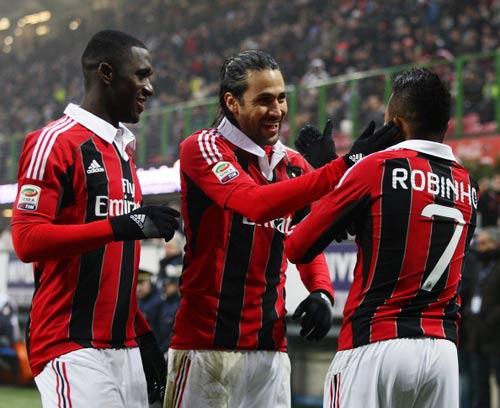 Milan - Pescara: Nối tiếp ngày vui - 1