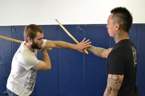 KP võ thuật: Nghệ thuật đánh bằng gậy - 1