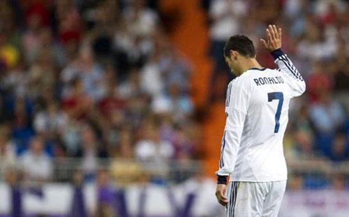 Ronaldo từ chối gia hạn HĐ với Real - 1