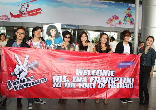 Á quân The Voice Mỹ rạng rỡ tại Việt Nam - 1