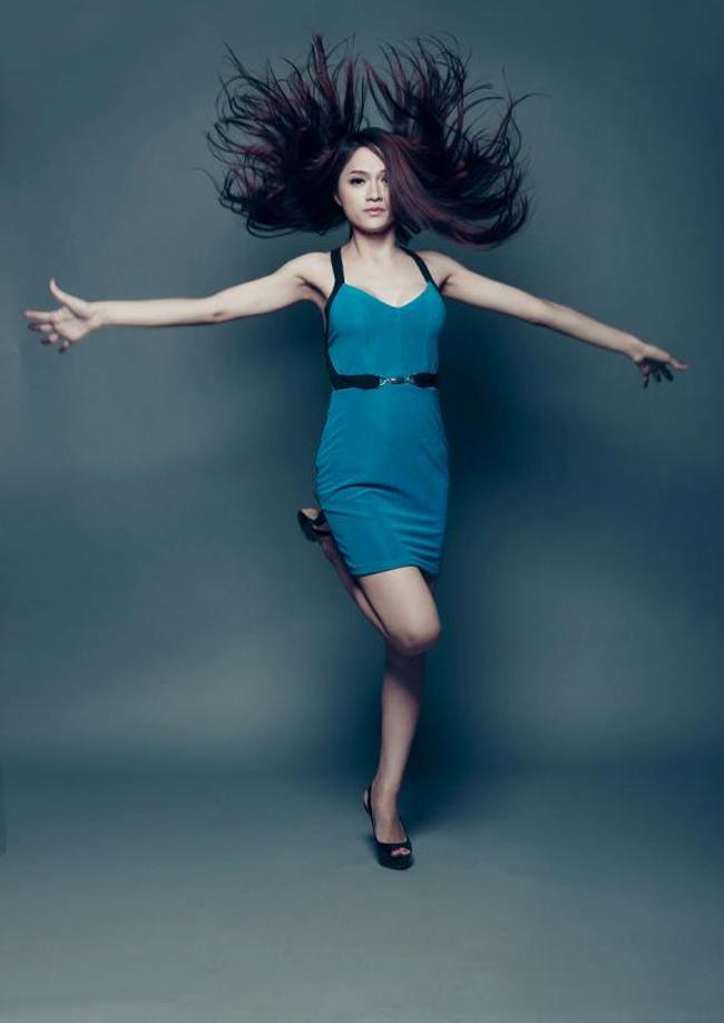Hương Giang được biết đến từ cuộc thi Vietnam Idol 2012.