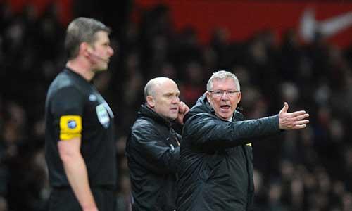 Wenger ủng hộ FA phạt nặng Sir Alex - 1