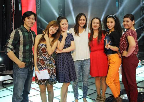 Á Quân The Voice Mỹ hát cùng thí sinh Việt - 1