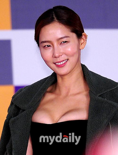 Ngạc nhiên vì vòng 1 kỳ dị của mỹ nữ Hàn - 1