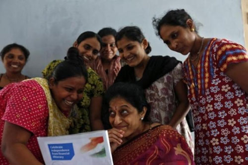 Bên trong trung tâm 'đẻ thuê' ở Ấn Độ - 1