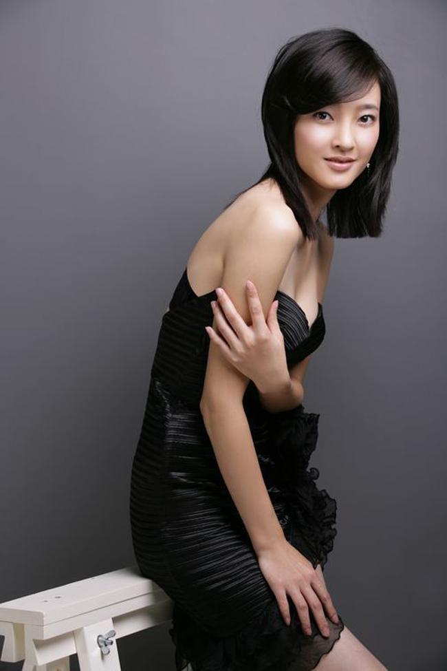 Tuy vậy, tên tuổi cô chỉ thực sự nổi bật khi tham gia vai diễn trong 'Mỹ nhân tâm kế' đóng cùng Lâm Tâm Như.