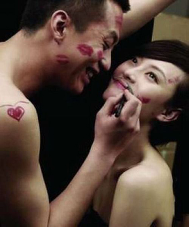Hiện tại Tôn Lệ đang hạnh phúc với cuộc sống hôn nhân cùng nam diễn viên Đặng Siêu.