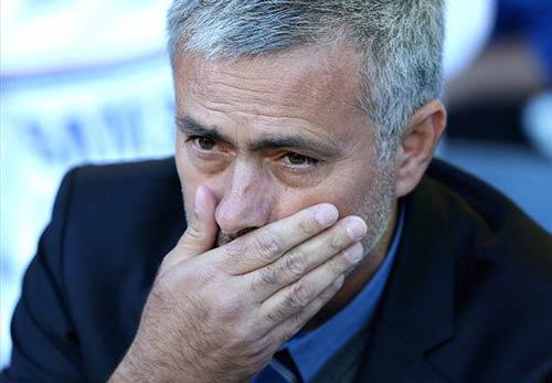 Mourinho ghét thói ăn vạ - 1