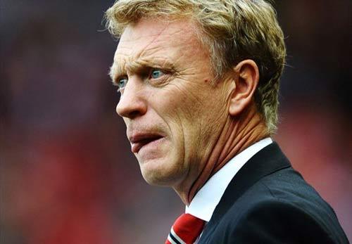 Rooney bảo vệ Moyes, đổ lỗi cho cầu thủ - 1