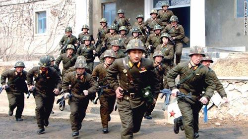 Triều Tiên đe dọa tấn công Mỹ và Hàn Quốc - 1