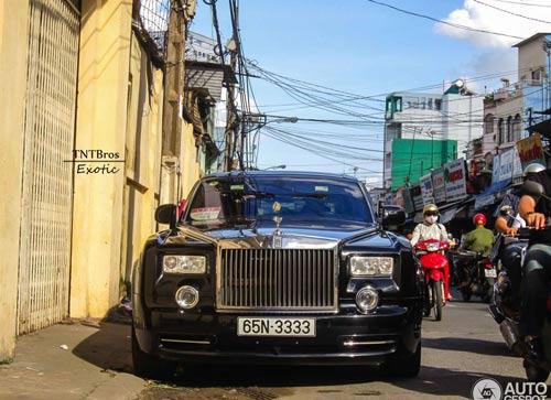 Rolls-Royce Phantom biển tứ quý lên báo nước ngoài - 1