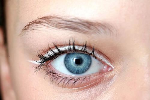 4 cách viền trắng cho đôi mắt tỏa sáng - 1