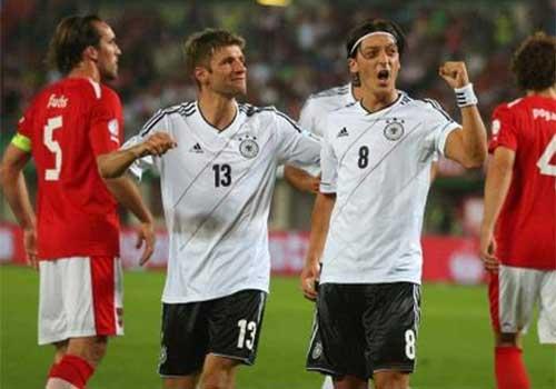 Đức – CH Ireland: Đặt vé đến Brazil - 1