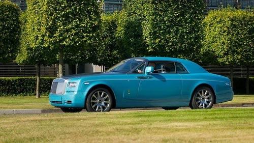 Rolls-Royce Phantom tuyệt đẹp với màu xanh Ả-Rập - 1