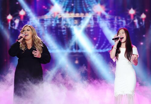 """Quán quân The Voice Anh """"nuốt chửng"""" khán giả - 1"""
