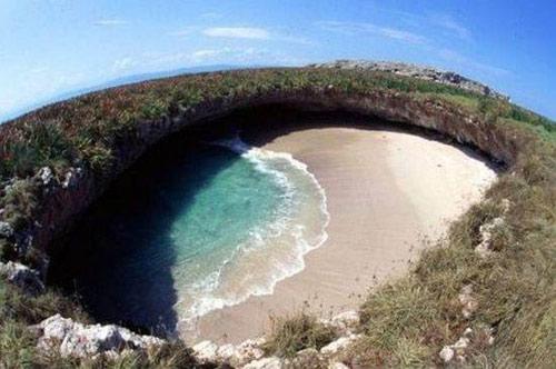 Bãi biển ẩn ở Mexico - 1