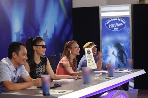 """Thu Minh gặp lại """"trò cưng"""" tại Vietnam Idol - 1"""