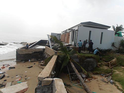 Doanh nghiệp ngành du lịch te tua vì bão - 1