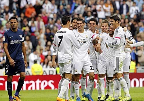 Real – Malaga: Thước ngắm chưa chuẩn - 1