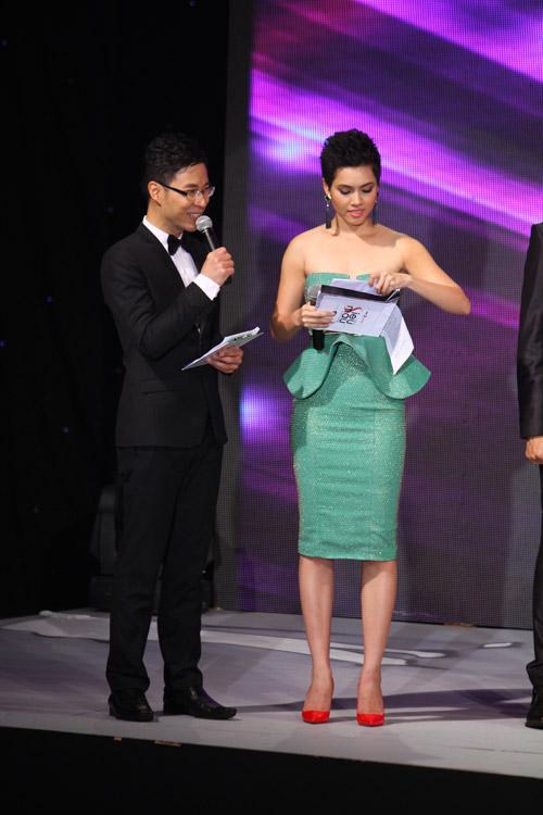 """Hoàng My: """"Hạt sạn"""" to nhất của Siêu mẫu - 1"""