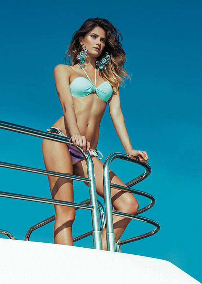 Isabeli Fontana sinh năm 1983 tai Brazil