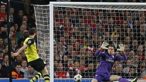 """Arsenal - Dortmund: """"Cái chết"""" bất ngờ - 1"""