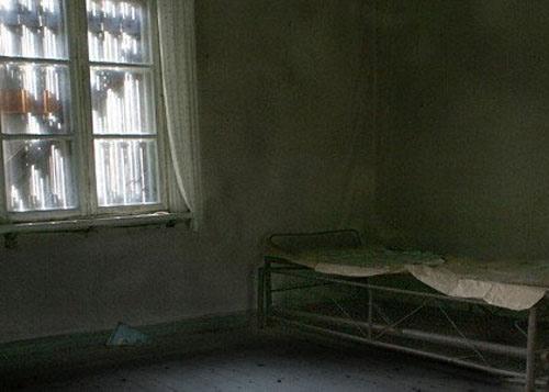 Pháp: Xác chết treo 8 năm trong căn hộ bỏ hoang - 1