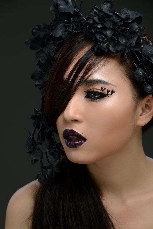 Thiên Thủy đẹp ma mị trong loạt ảnh Halloween - 1
