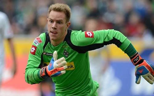 Barca sắp đưa Ter Stegen về thay Valdes - 1