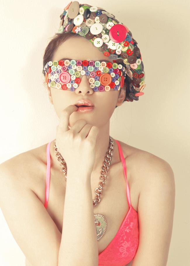 Yến Nhi là một nữ ca sĩ trẻ của Việt Nam, từng là cựu thành viên nhóm Mây Trắng.