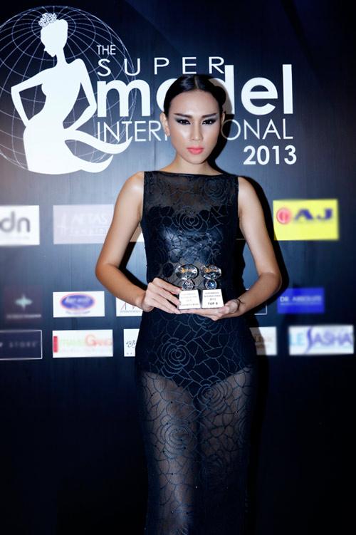 Diệu Huyền giành giải nhì Siêu mẫu - 1