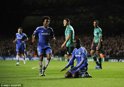 """Chelsea: Chiến thắng của """"ong thợ"""" Willian - 1"""