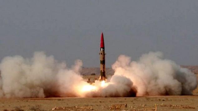 Arập Xê-út bỏ tiền mua bom hạt nhân từ Pakistan? - 1