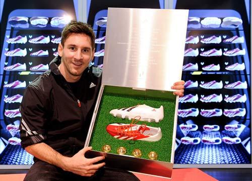 "Adidas ""chống lưng"" Chelsea mua Messi? - 1"