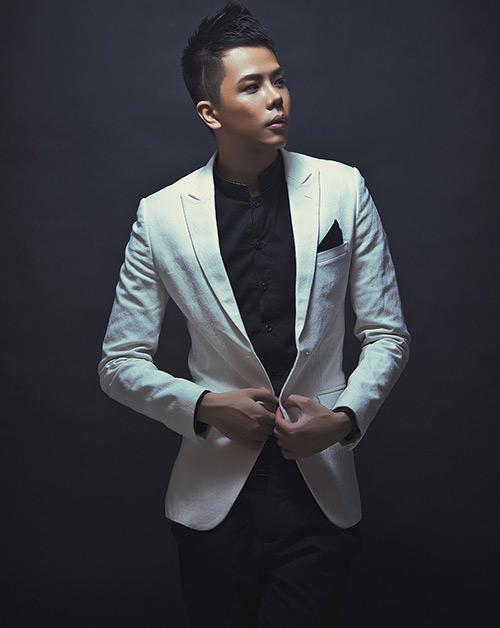 Trịnh Thăng Bình chi nửa tỷ cho New Hits - 1